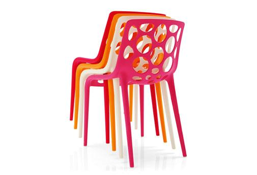 Give your backyard a blast of urban cool with the polypropylene Hero chair from Calligaris