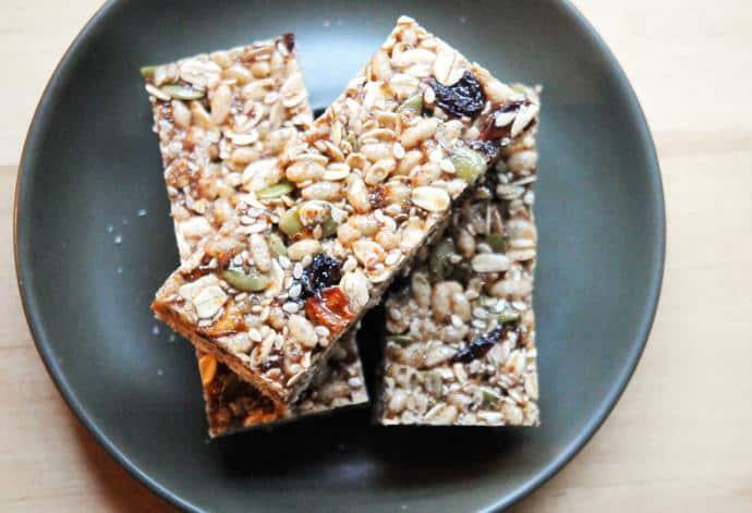 Powerful Bars: Healthy Granola Bars You Can Make Yourself