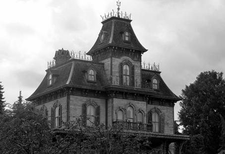 Eight Super Spooky Haunted Hotels