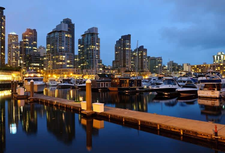 Coal Harbour & Lonsdale Boat Rentals