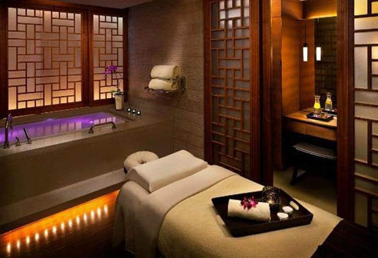 CHI, The Spa at Shangri-La, Sea Therapy Facial, $195 (75 min)