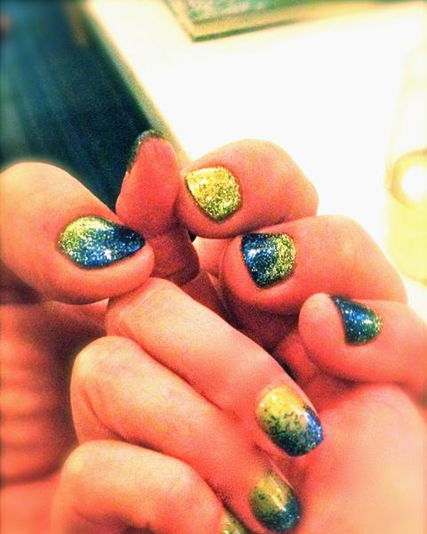 Get Your Nails Done, Seahawks-style