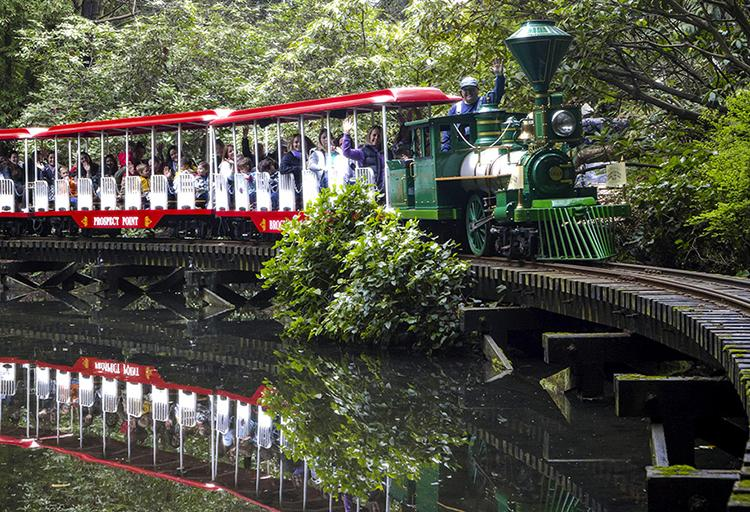 Stanley Park Easter Train – now until March 28