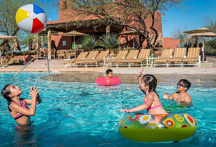 The sunny city of Phoenix offers tons of excitement and adventure for the entire family
