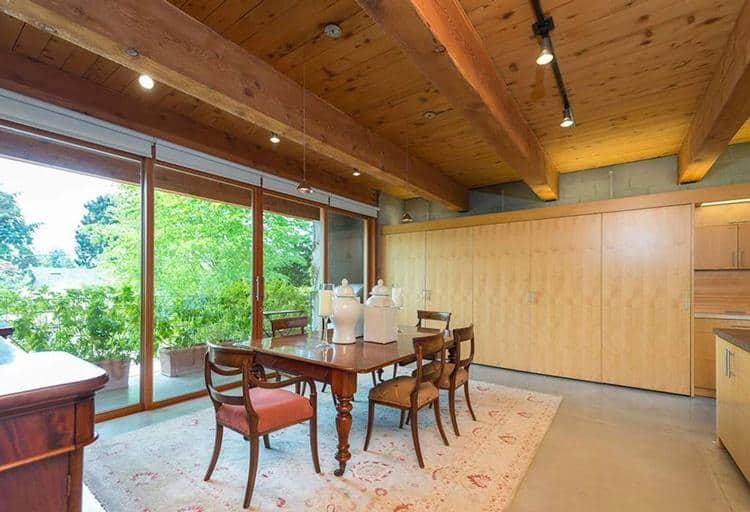 8.vancouver-real-estate-kitchen-seating.jpg