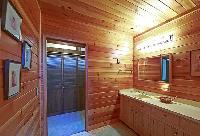 9.-Bathroom.jpg