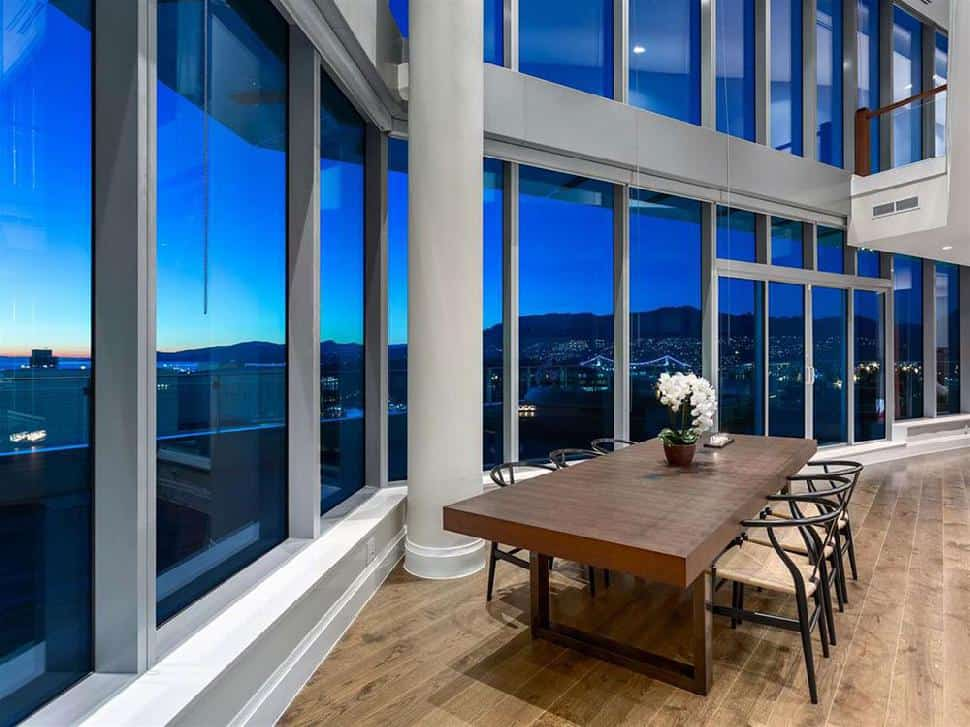 Coal-Harbour-Penthouse-dining-room.jpg