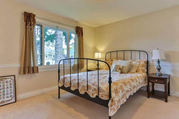 2.vancouver-west-side-real-estate-bedroom.jpg