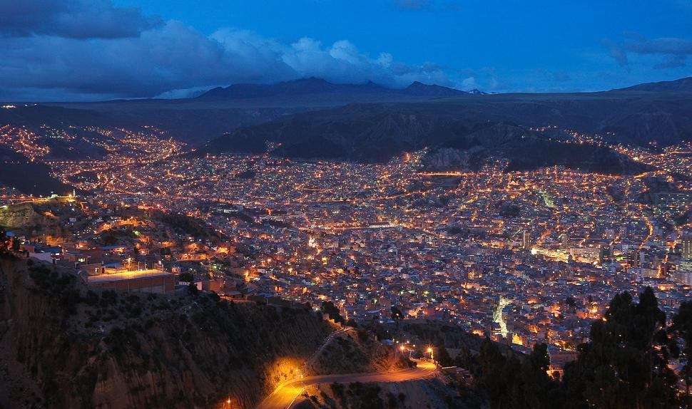 el alto looking at la paz bolivia