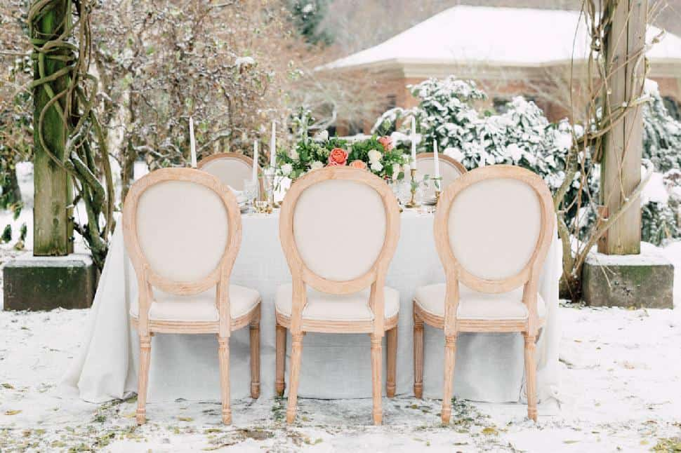 winter-garden-shoot-decor-Art-of-the-Party.jpg