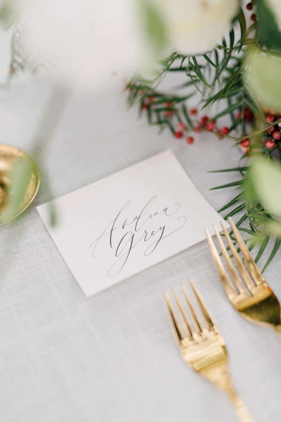 winter-garden-shoot-placecards-Hello-Maurelle.jpg