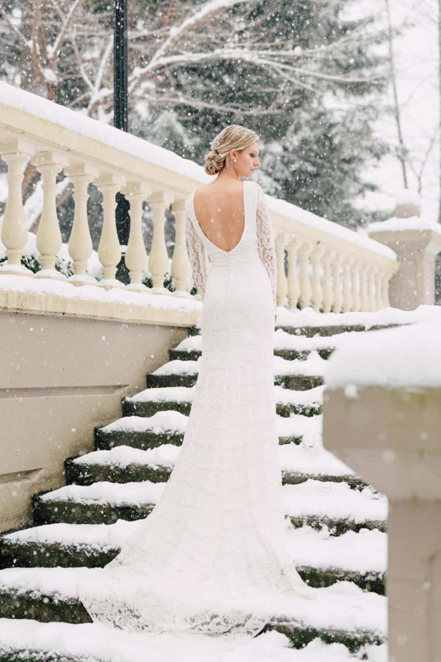 winter-garden-shoot-Bisou-Bridal.jpg