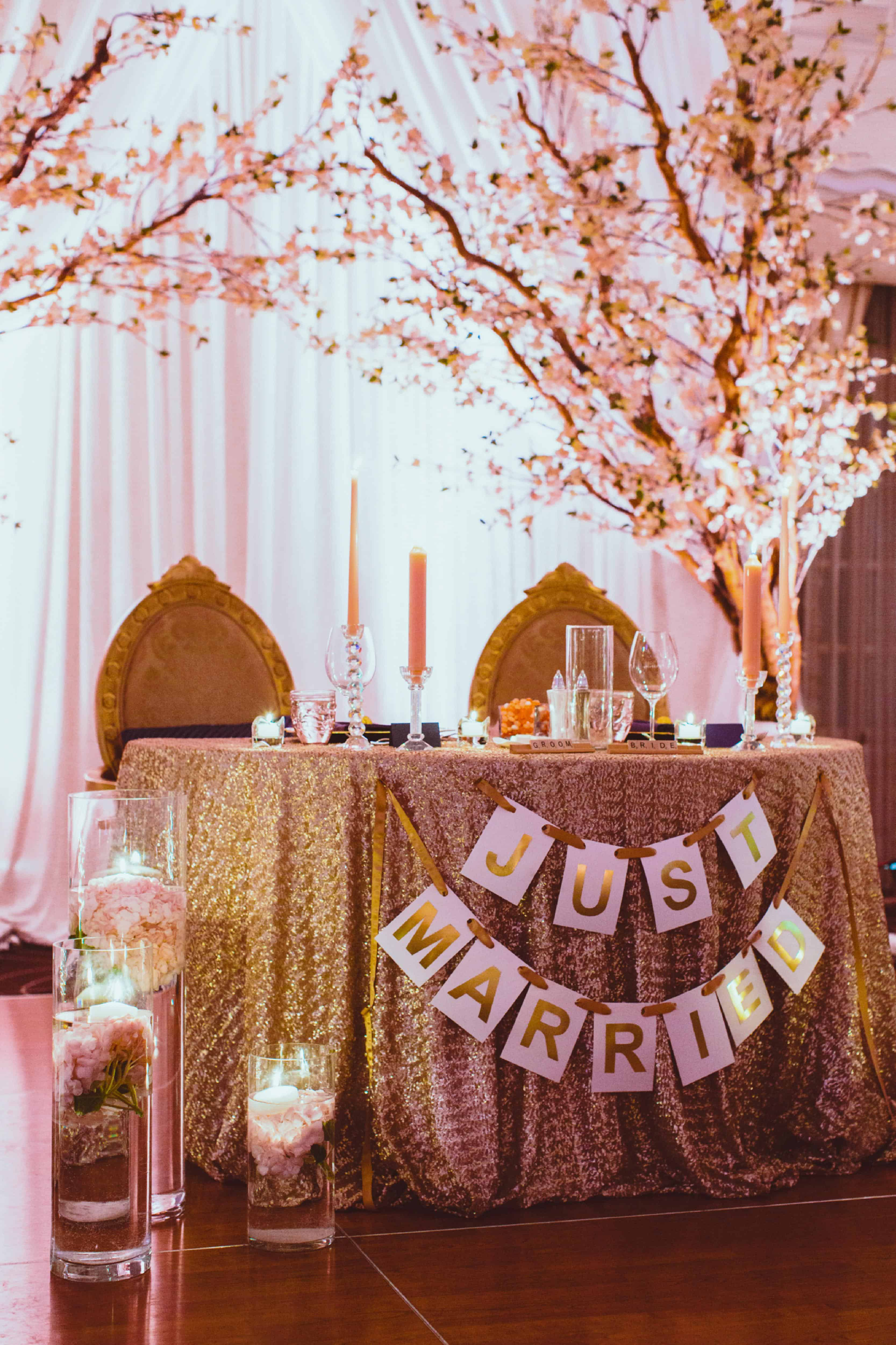 reception-head-table-DreamGroup-Productions.jpg