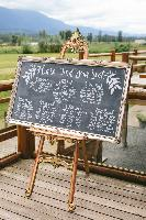 seating-chart-DIY-chalkboard-mirror.jpg