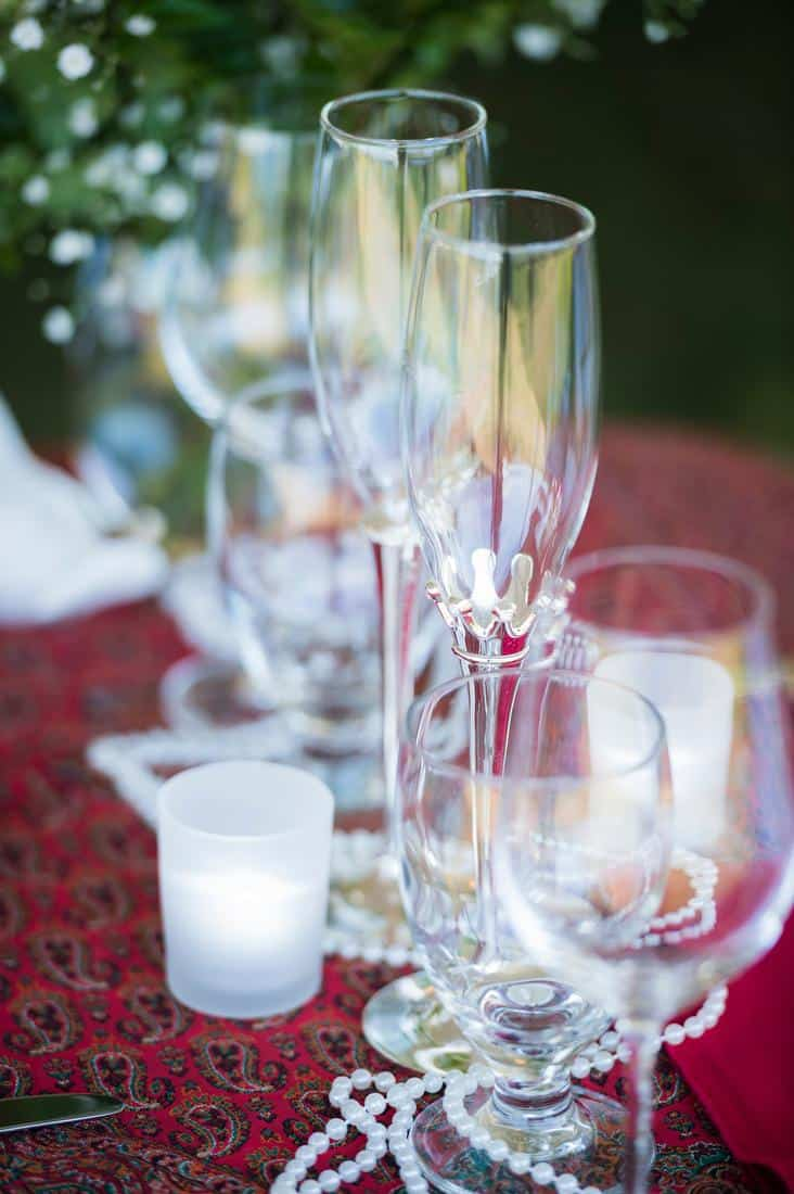 reception-table-pearl-and-red.jpg