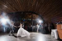 first-dance-Van-Dusen-Garden-Visitors-Centre.jpg
