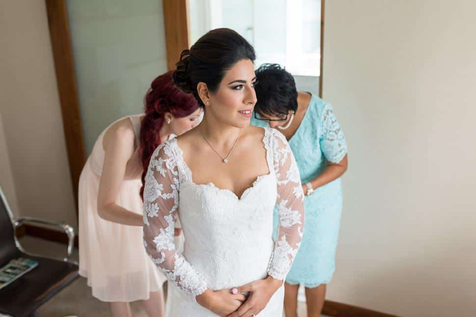 bride-prep-SoWedding.jpg