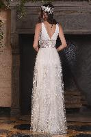 Claire-Pettibone-Four-Seasons-Nightingale-back.jpg