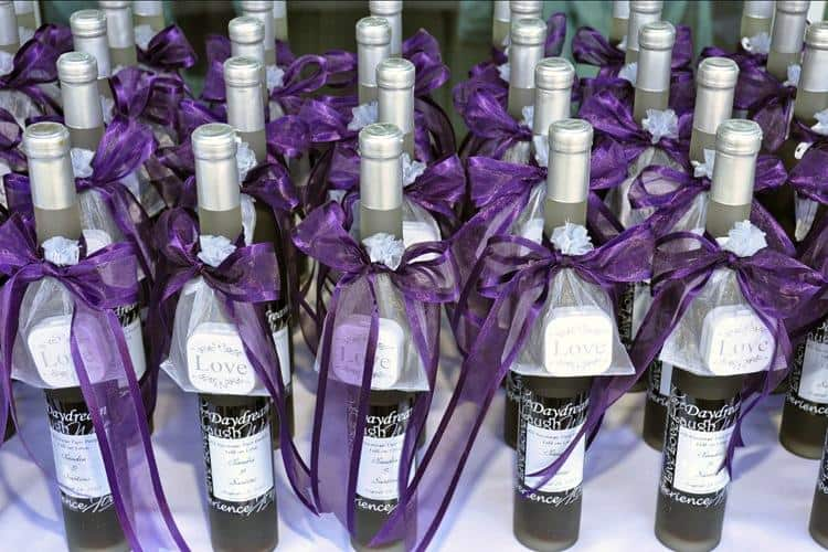 Custom wine labels wedding favour