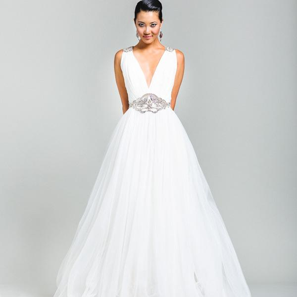 Wedding_Gown_03.jpg