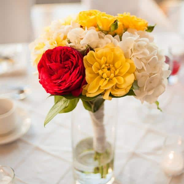 23_MattKennedy_Table_Flowers.jpg