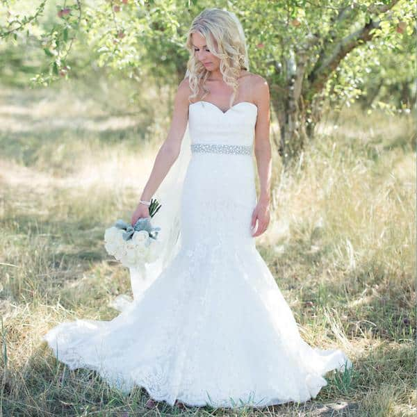 20_ChristieGraham_BrideDress.jpg