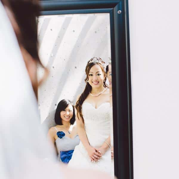 09_YingerFotokrafie_BrideReflection.jpg
