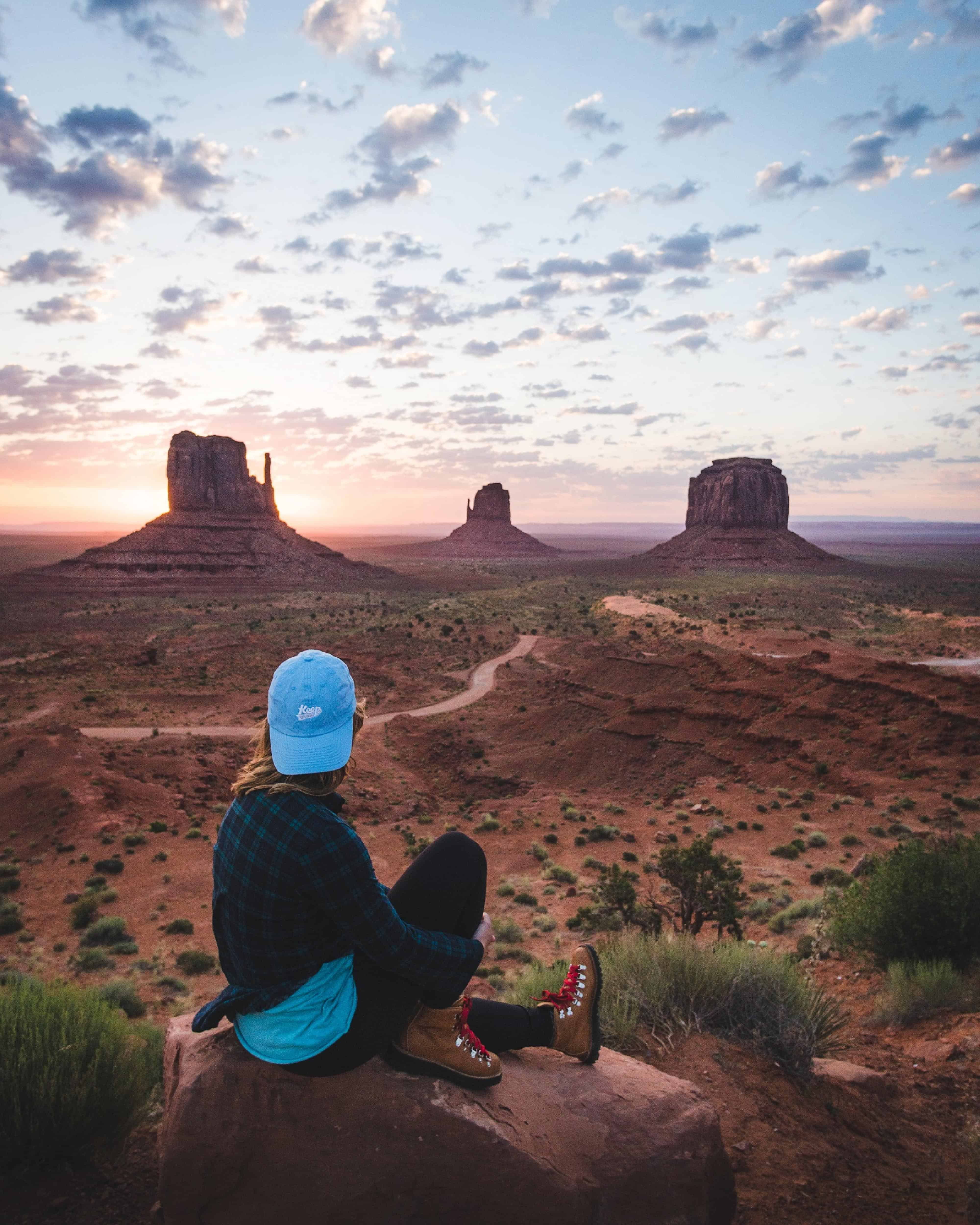 monument valley mittens famous view hotel navajo tribal park