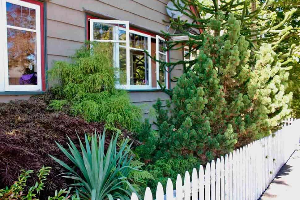 Vancouver-Point-Grey-picket-fence