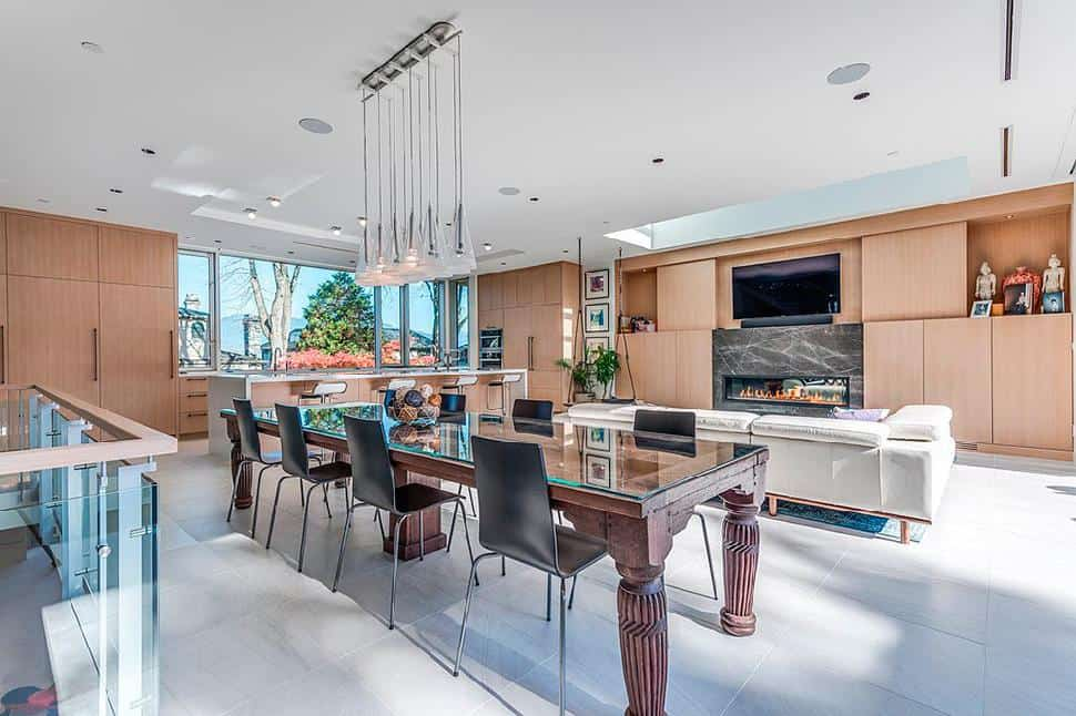 Point Grey dining room