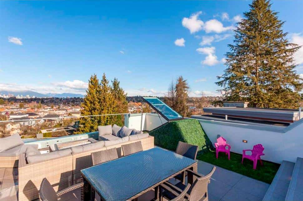 Vancouver west side rooftop deck2