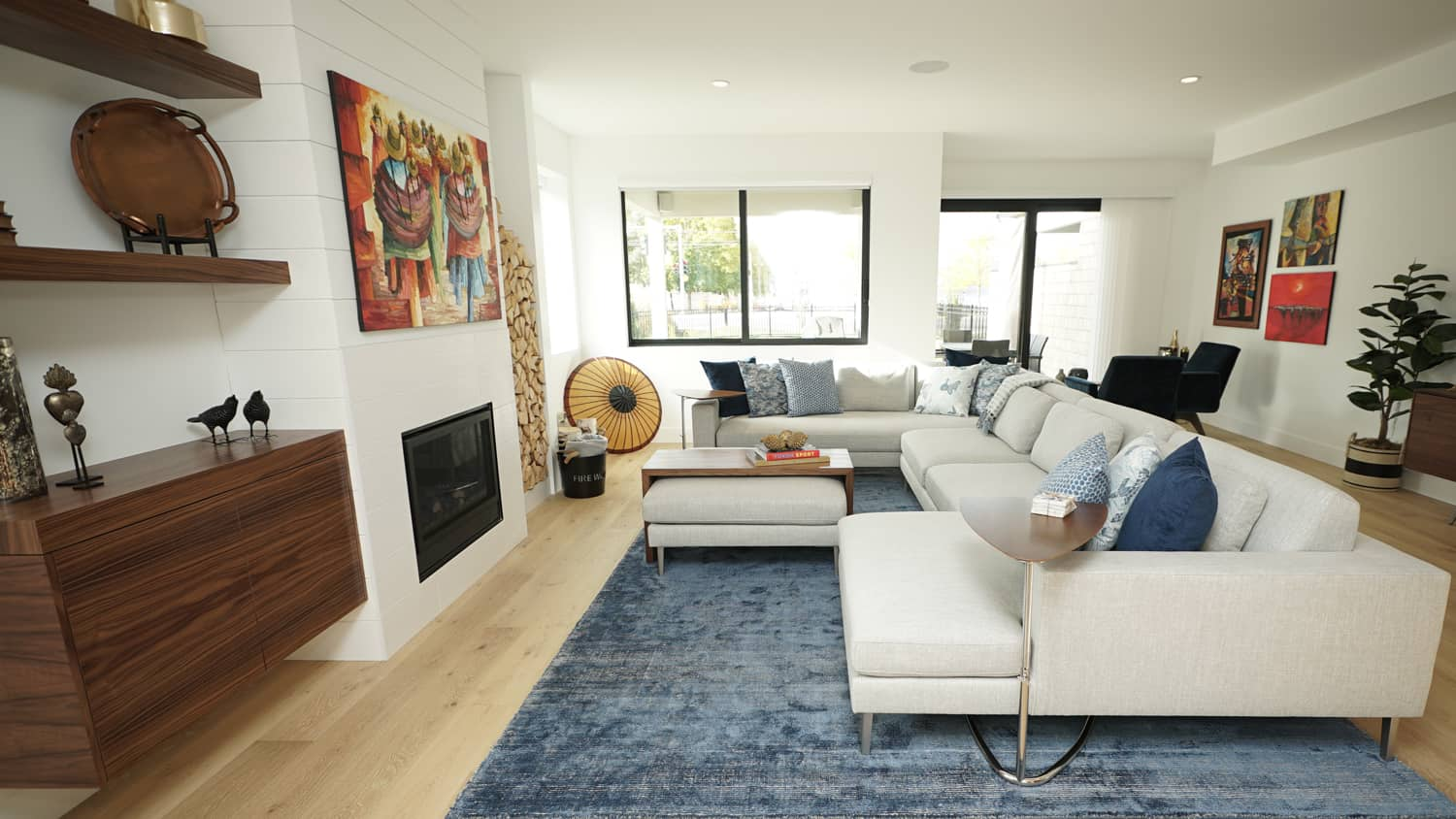 5 reasons why you should hire an interior designer bcliving - Should i hire an interior decorator ...