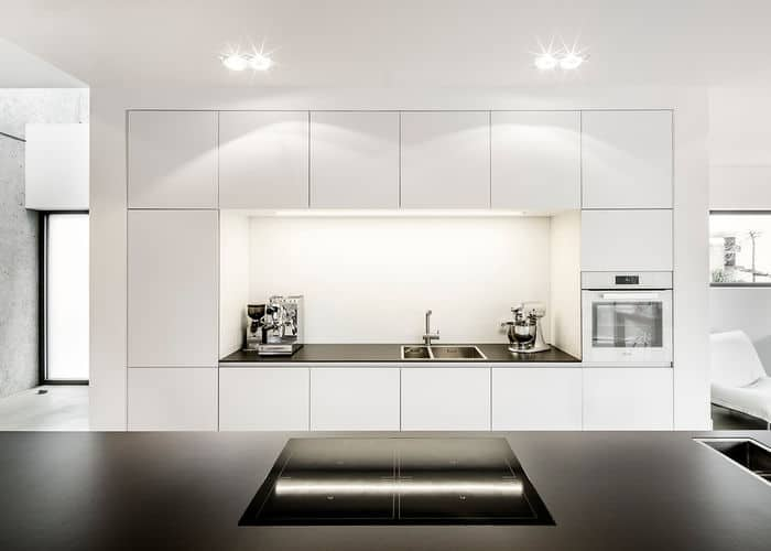 How to Add Warmth to a Clean, Contemporary Kitchen - Western ...