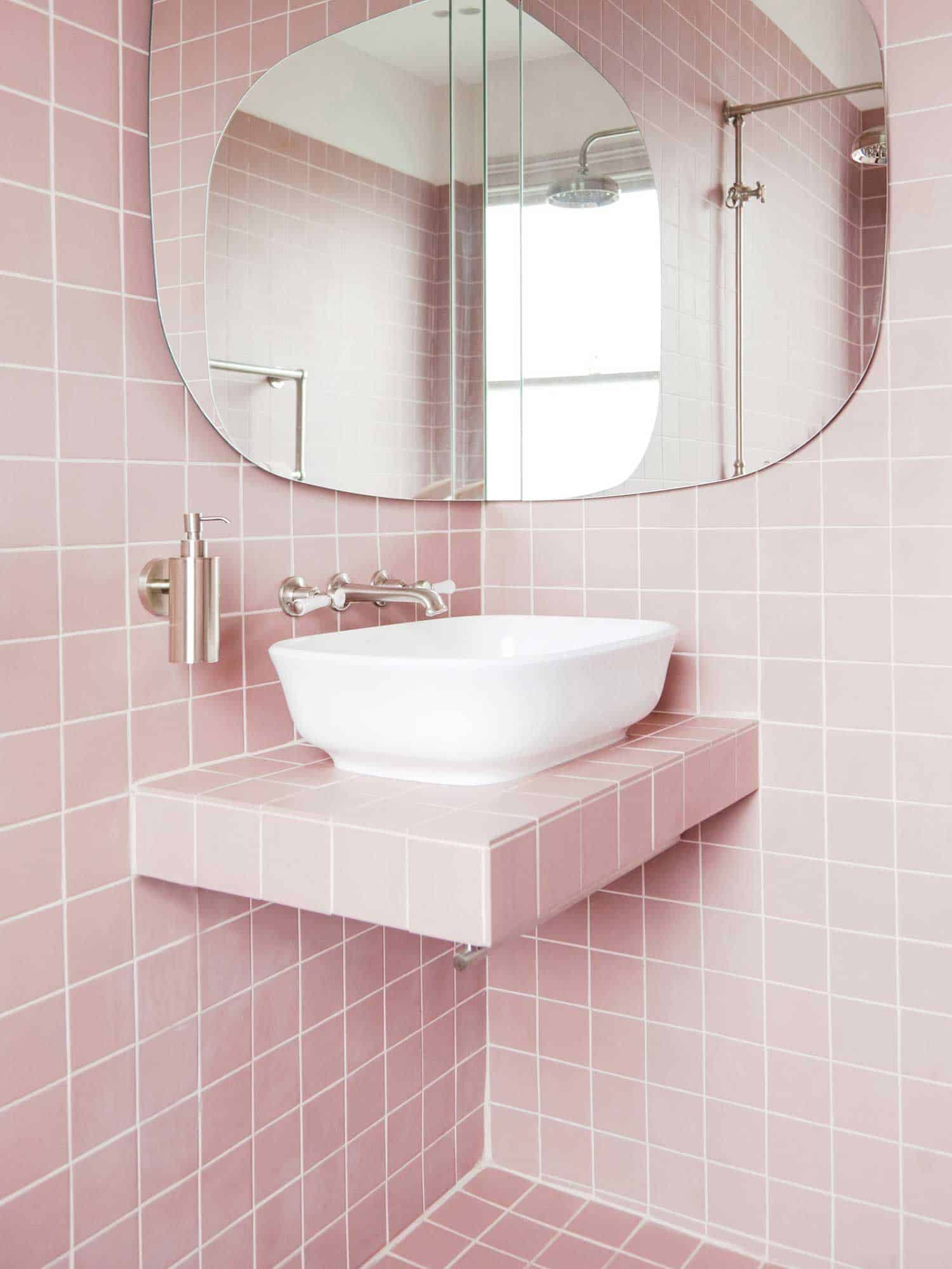 pink-bathroom-4.jpg