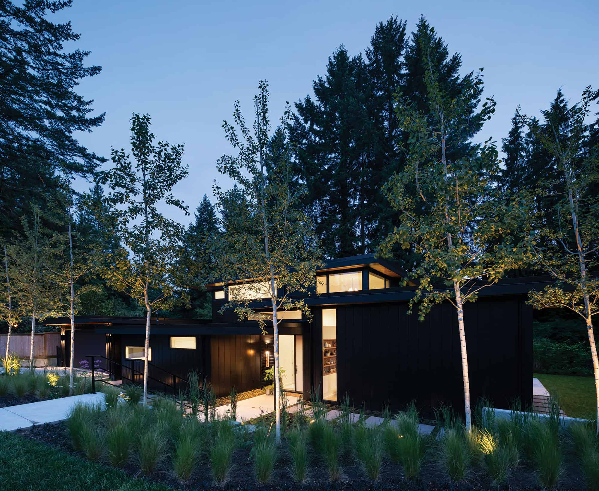 vancouver modern home tour exterior night