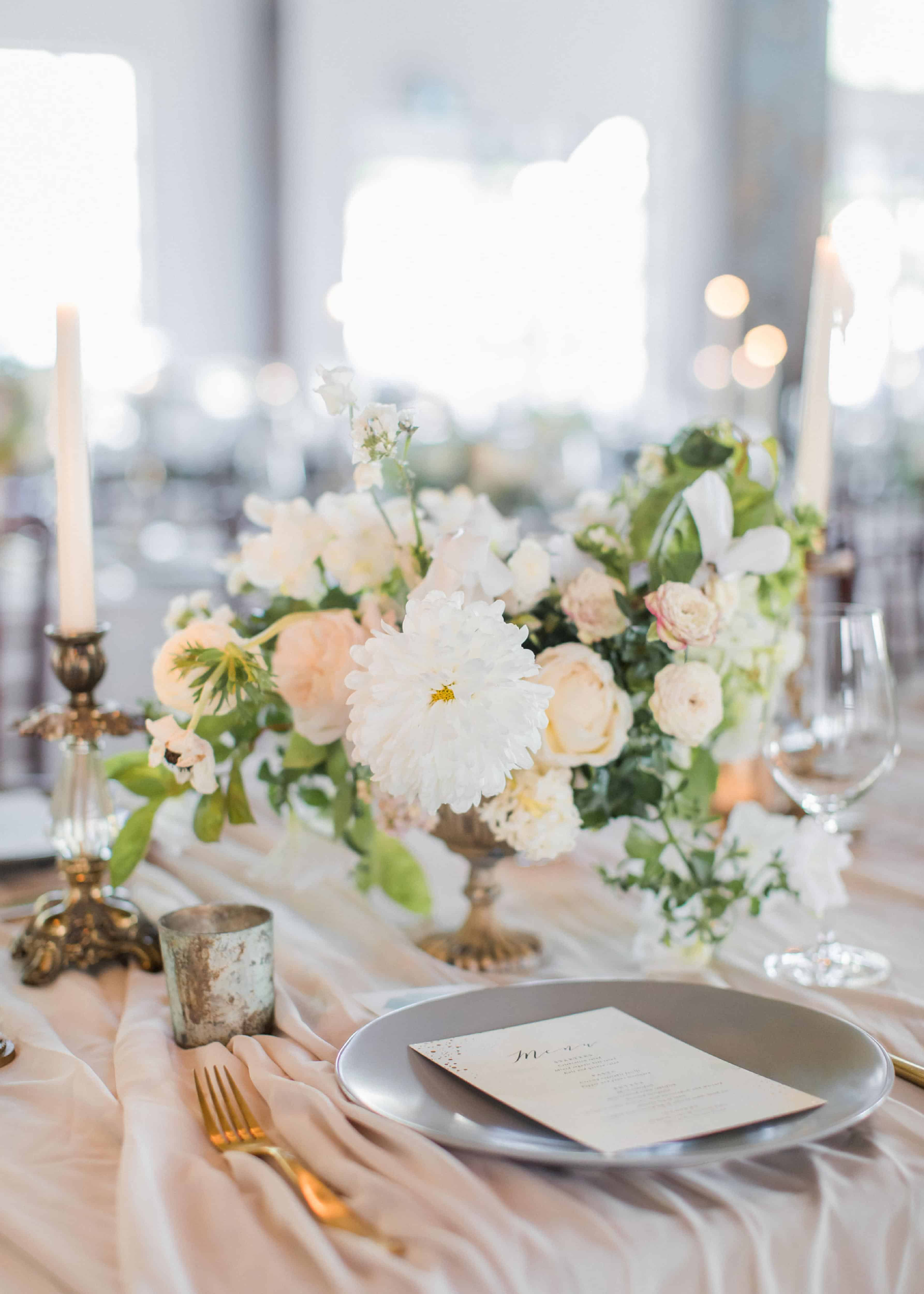 romantic table setting wedding vancouver