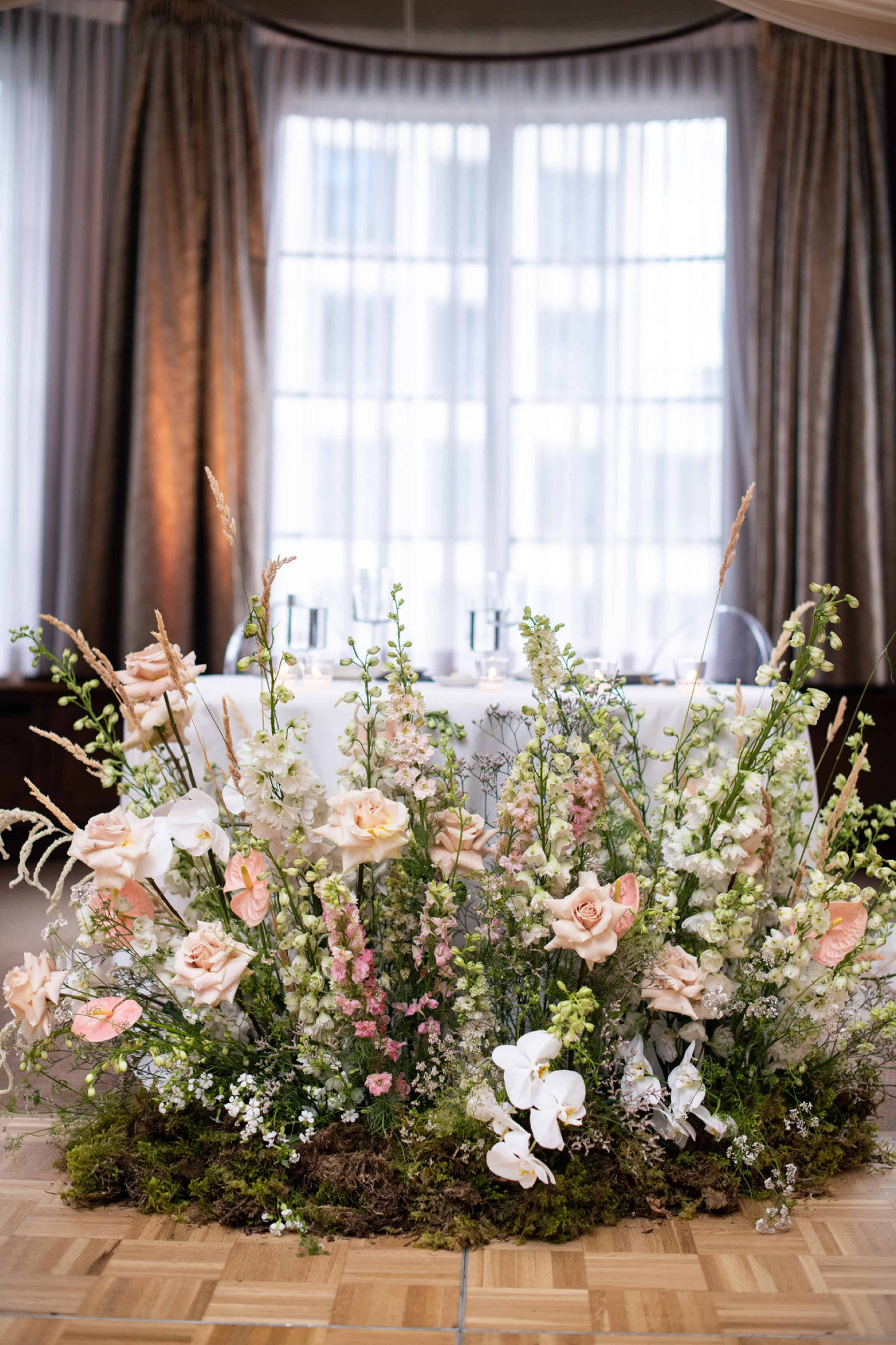 head table flowers vancouver club