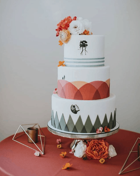 Where To Find Out Of This World Wedding Cakes In Vancouver Real Weddings