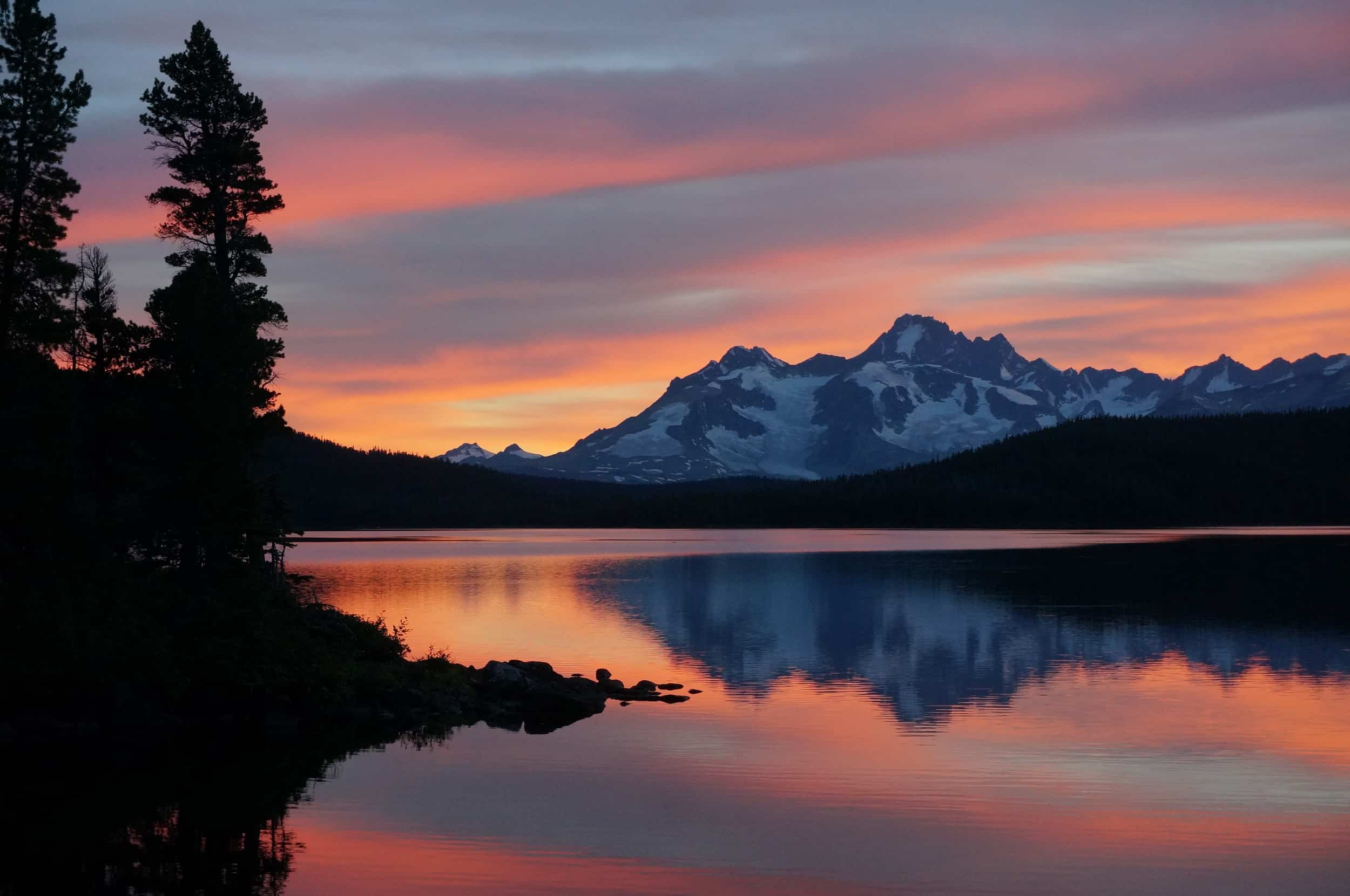 5 of the Best Self-Contained Backcountry Lodges in British Columbia, Canada