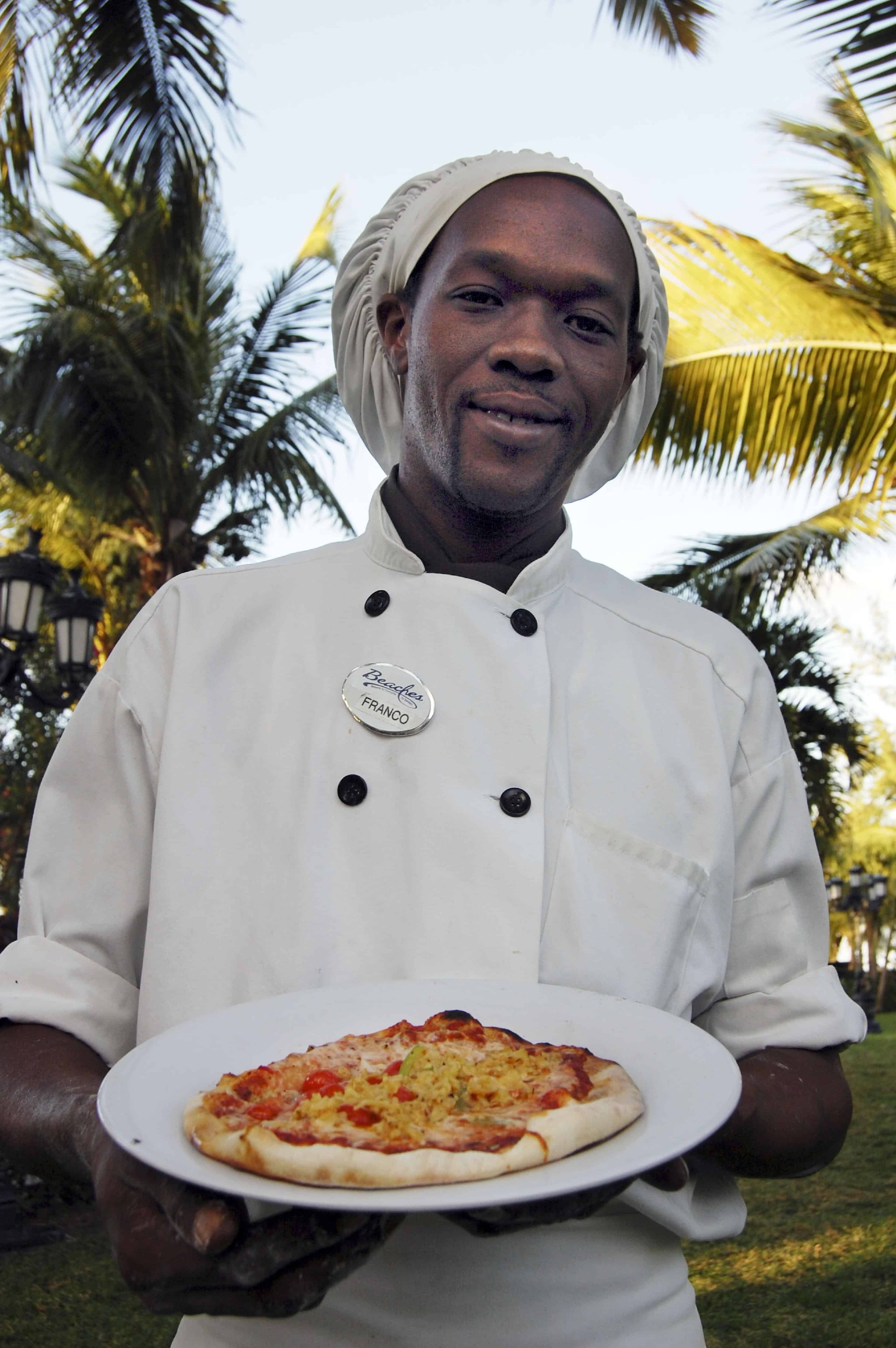 franco with conch pizza