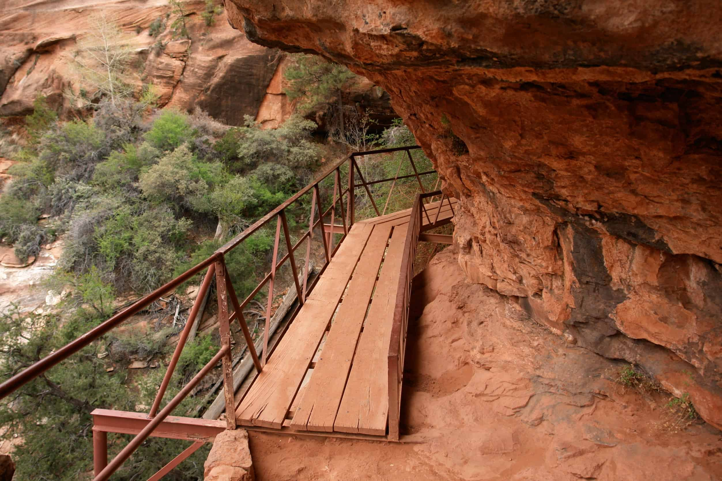 Hiking The Angels Landing Trail In Zion National Park Utah