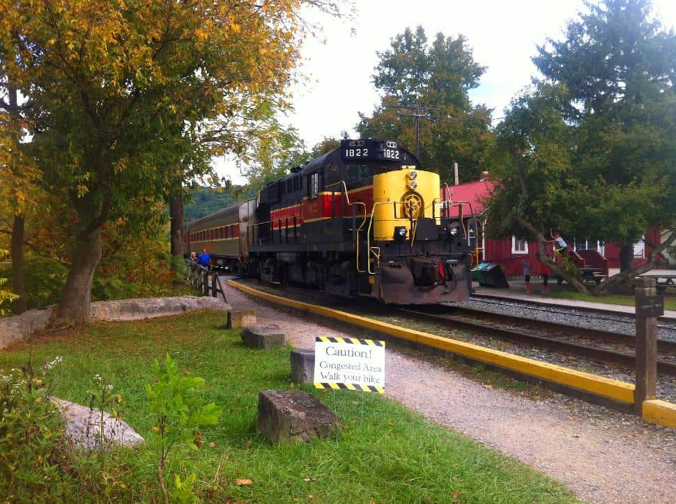 Towpath Trail - Scenic Train