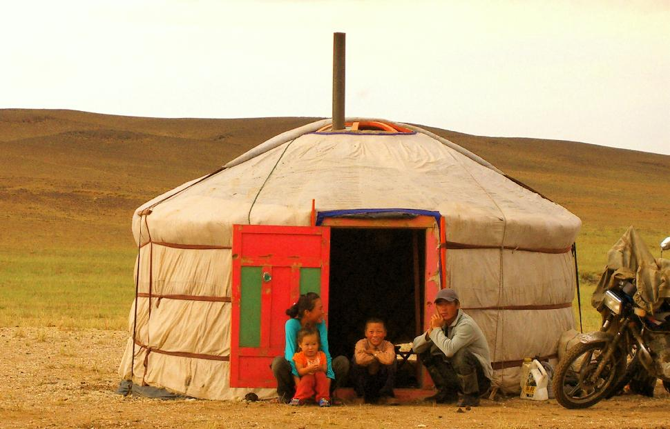 yurt family mongolia