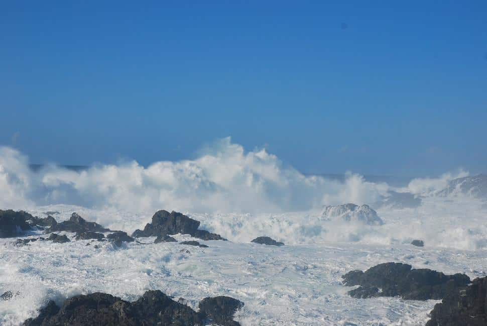 storm watching ucluelet