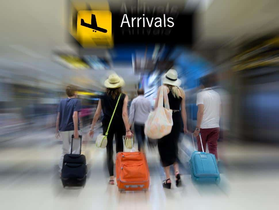 travelling arrivals easy luggage airport