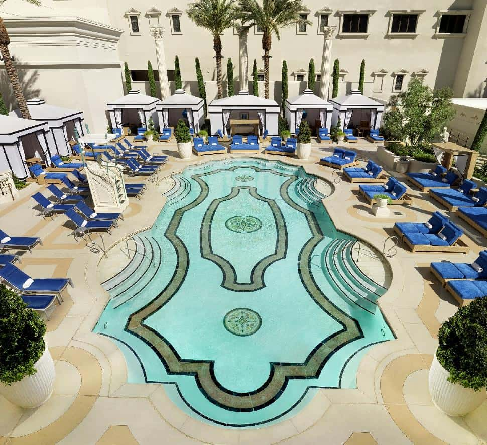 The best pools and pool parties in sizzling las vegas for Caesars swimming pool