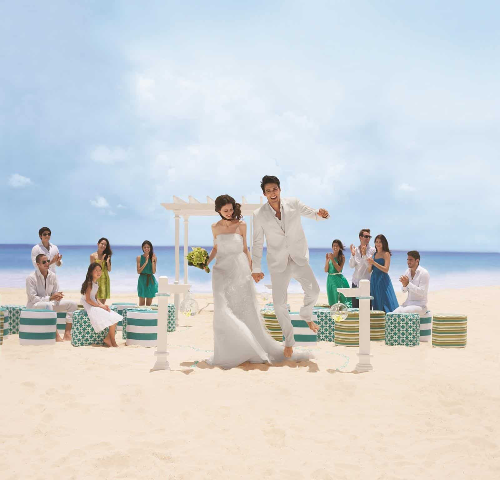 Weddings In Mexico: 50 Glamorous Resorts For Your Destination Wedding In