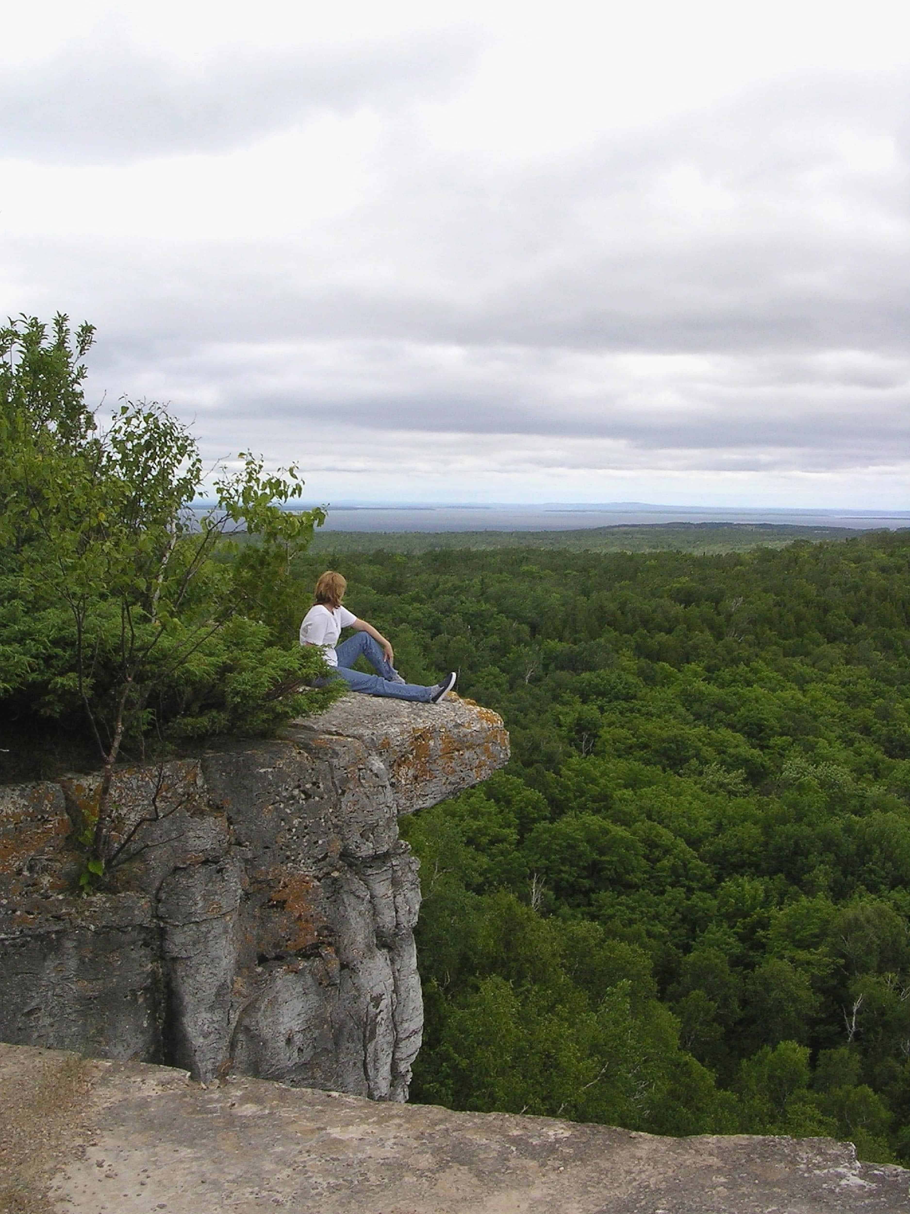Cup & Saucer Trail