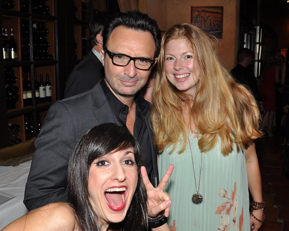 Esther Cohen, Carriere Talent agent, photobombs festival actors John Cassini and Alexandra Staseson.