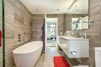 Vancouver-Real-Estate-Keefer-Bathroom.jpg
